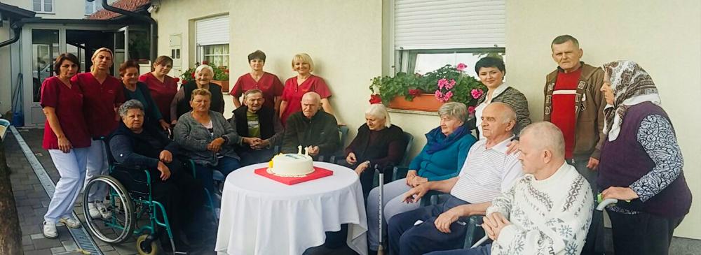 Starost ne znači usamljenost u domu Tara